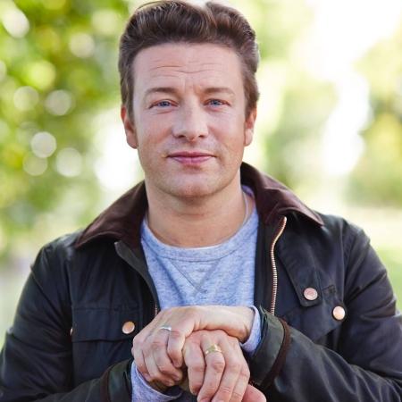 Jamie Oliver to release vegetarian cookbook
